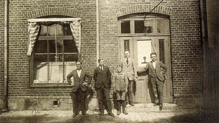 History_1919-1955_Puffbild_16-9.jpg
